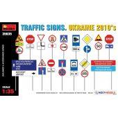 TRAFFIC SIGNS UKRAINE 2010 1/35
